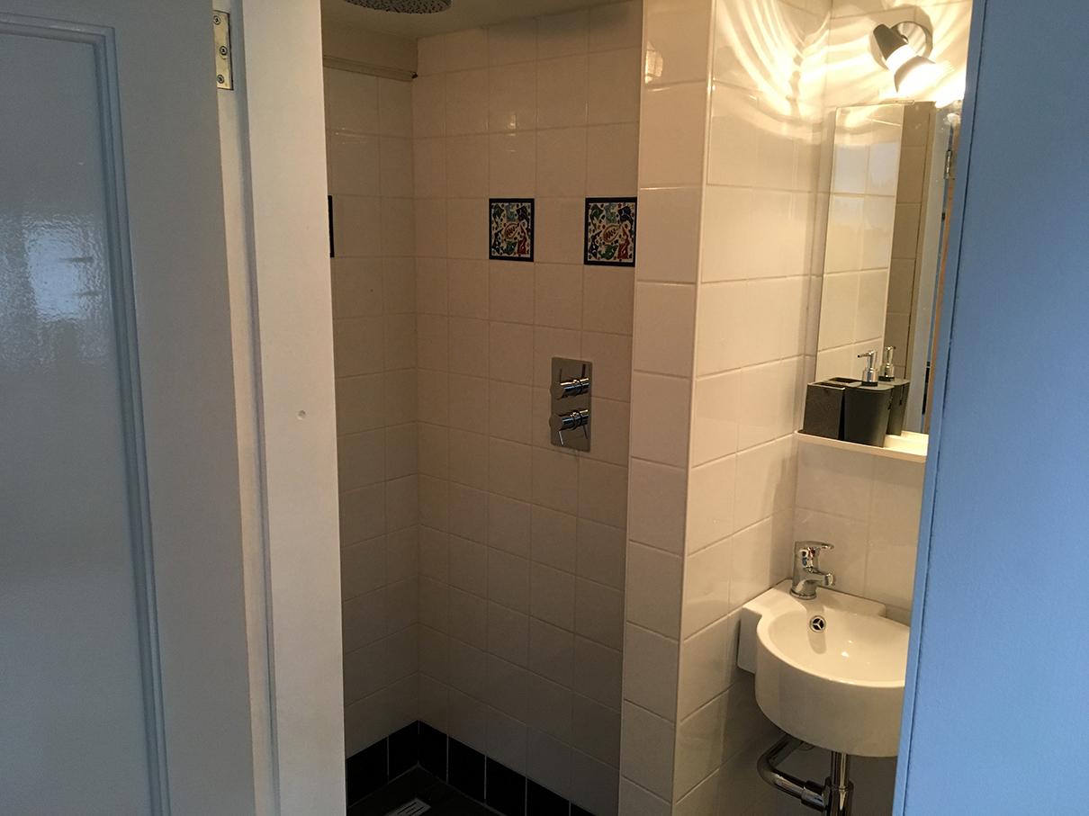 Tijdelijk Toilet Binnen : Die lindenblüte